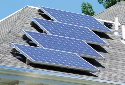EERE Success Story—Minnesota Offers Residents a Tip Sheet for Hiring Solar Installers