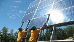 2012: A Record-Breaking Year for America's Solar Industry